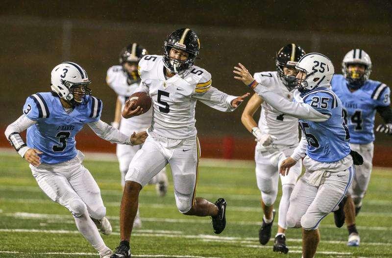 Photos: Southeast Polk at Cedar Rapids Jefferson, Iowa high school football Week 3
