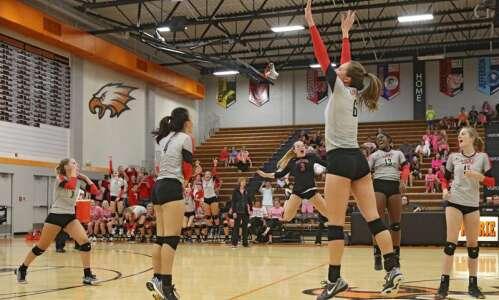 Fifth-ranked Linn-Mar volleyball impressive in sweep of Cedar Rapids Prairie