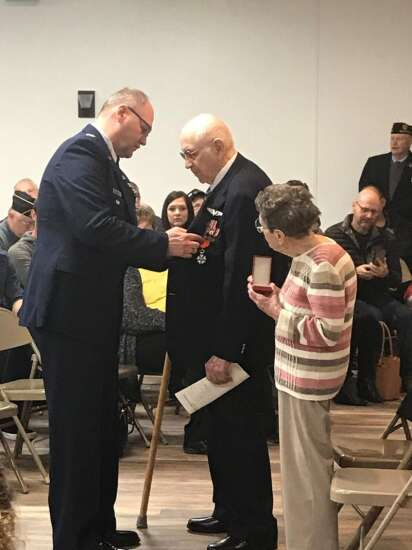 'You are a hero': Cedar Rapids WWII veteran honored by French government