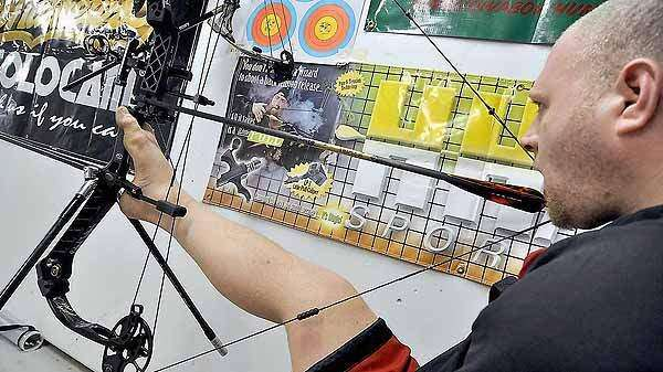 Kalona's 'armless archer' goes for the gold