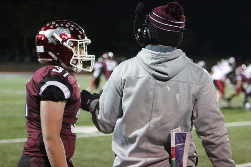 Mount Vernon seniors reflect on football season, careers