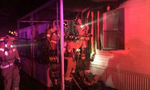Crews put out Iowa City fire