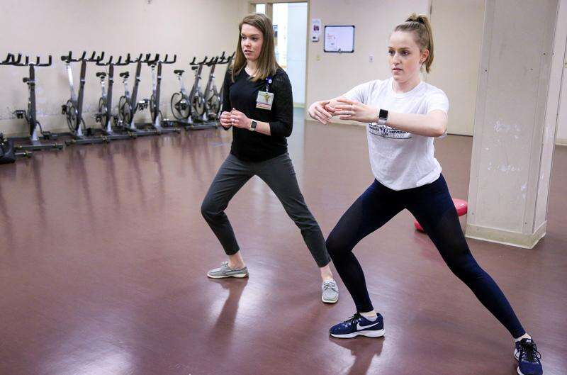 Physical therapist uses background to help dancers heal from injuries