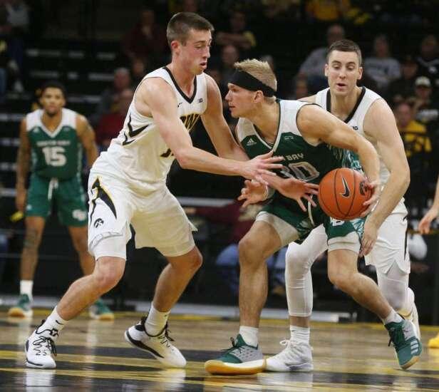 Freshmen refresh Iowa men's basketball