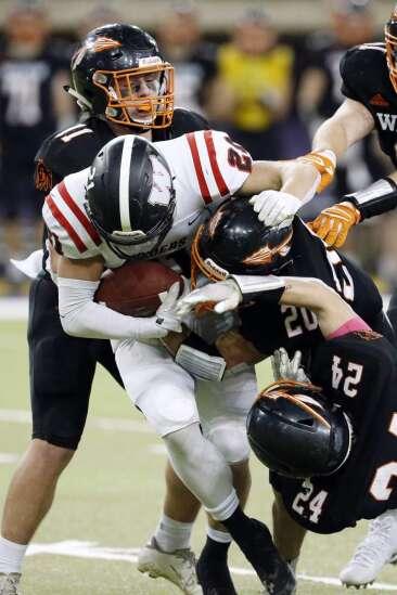 Photos: Waukon vs Williamsburg, Iowa Class 2A state football semifinals