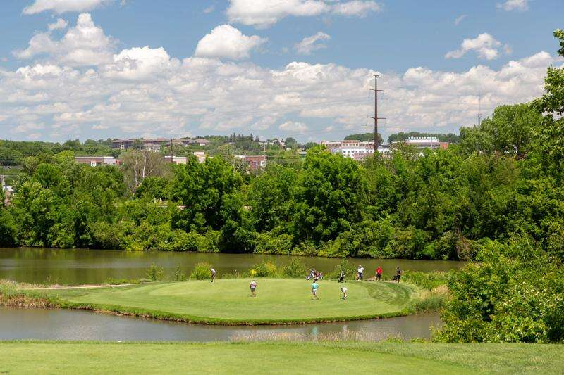 University of Iowa to name Finkbine Golf Course clubhouse after Iowa City family