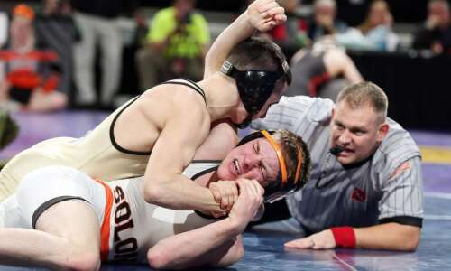 New Hampton downs Solon for Class 2A State Duals title