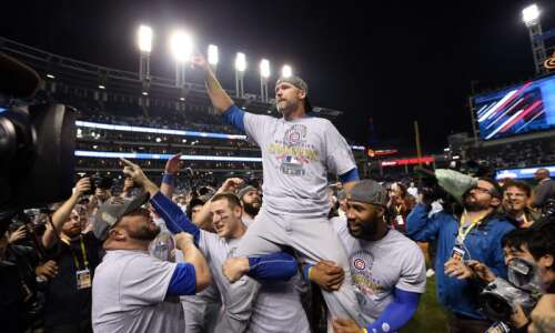Reports: Cubs set to name David Ross as manager
