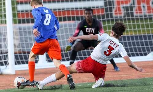 Prairie boys' soccer ranked No. 2 despite no go-to scorer