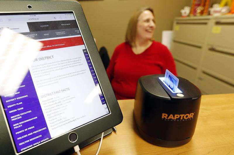 New school security system rolling out in Cedar Rapids district