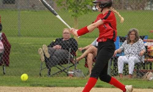 Cardinal softball wins home tournament