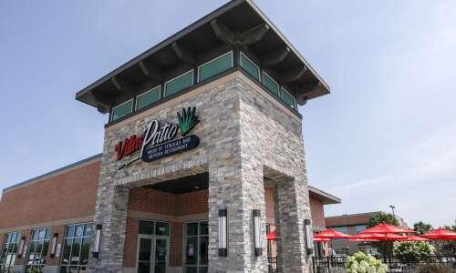 Villa's Patio expands to Cedar Rapids