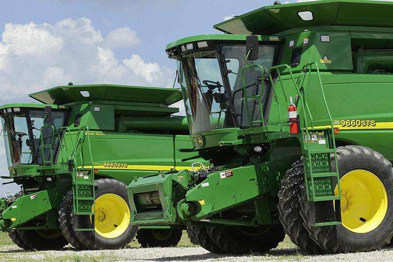 Deere: 82 layoffs in Davenport canceled