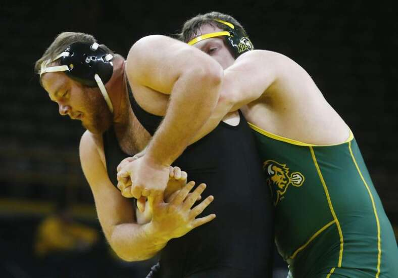 Wrestling Weekend That Was: Spencer Lee isn't Iowa's only formidable freshman