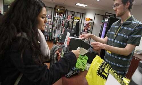 University of Iowa to enter public-private deal for Hawk Shop,…