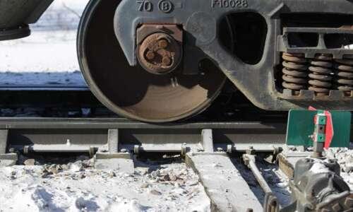 Commuter rail between Iowa City and North Liberty? Survey seeks…