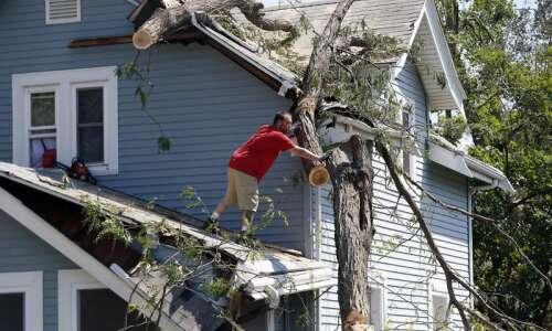 Roof contractors facing 10- to 12-week delays in Cedar Rapids…