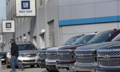 GM expands recall, suspends engineers
