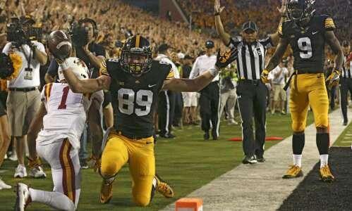 The night Matt VandeBerg and Iowa took a knee at…