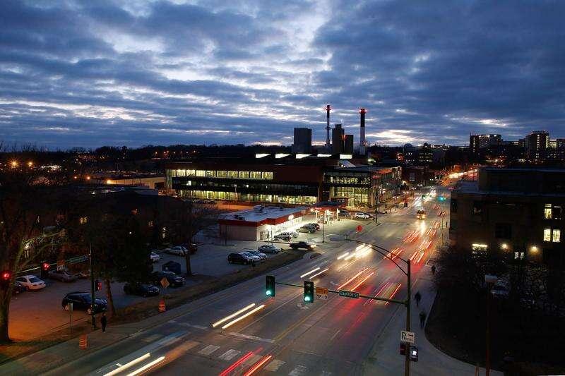 Iowa City cycling plan crashes into political reality