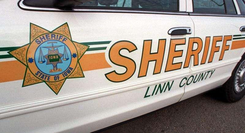3 semis crash near Springville, injuring one driver