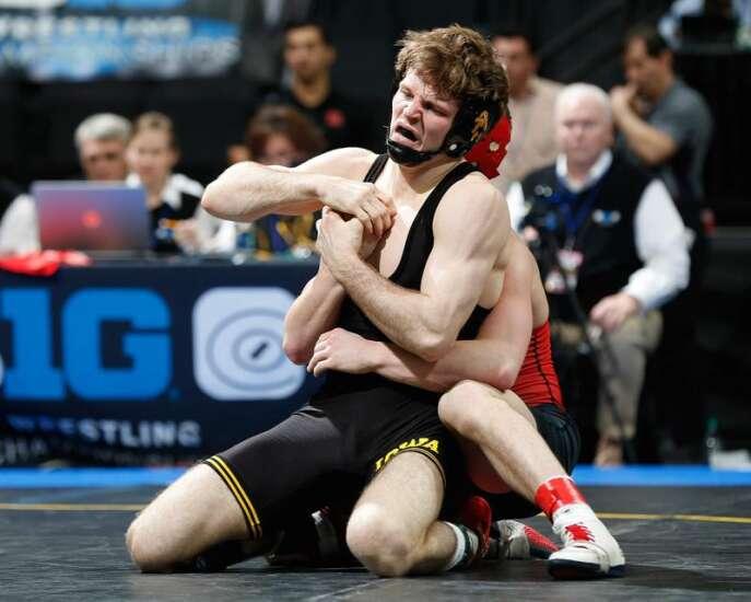 Iowa wrestling expects hostile environment at South Dakota State