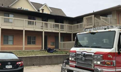Iowa City apartment fire displaces residents, causes $80K damage