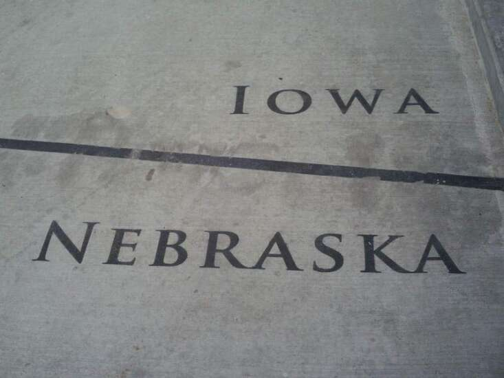 Hlas: Iowa-Nebraska just another game