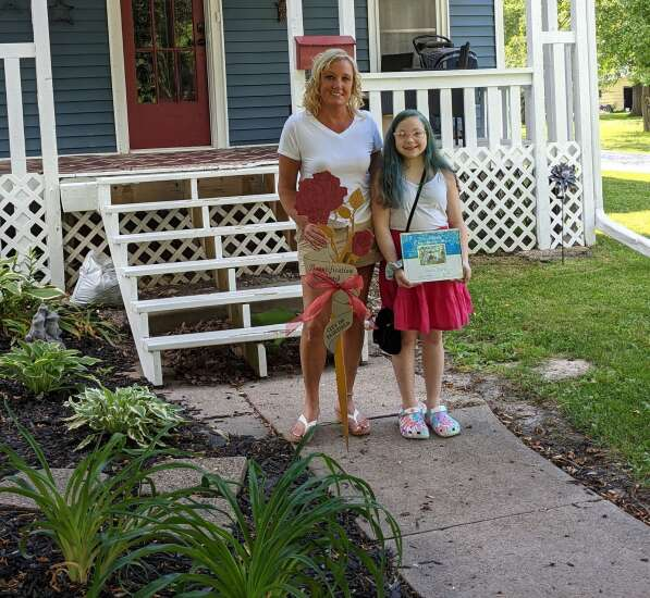 Four Fairfield residences receive Rose Award for beautifying properties
