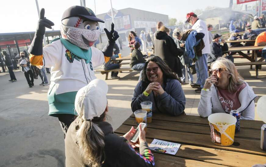 Cedar Rapids Kernels say vaccinated fans can go without masks at home games