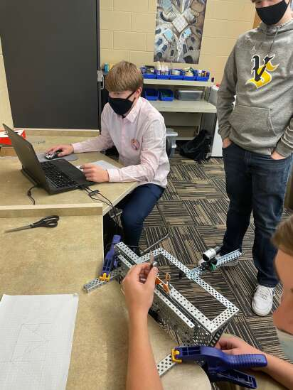 Vinton-Shellsburg earns Project Lead the Way Distinguished School title for the 3rd time