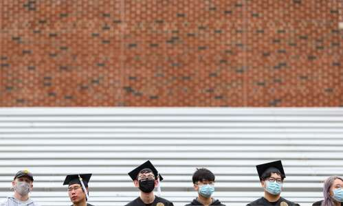 Be warned: Student loan payments resume soon