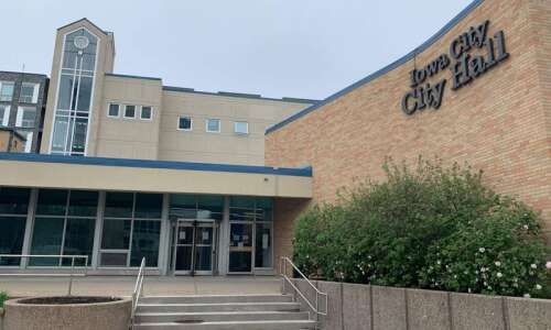 Iowa City Council suspends Truth and Reconciliation Commission until next…
