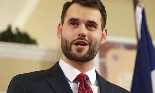 New Senate Democratic leader Zach Wahls critical of Iowa's coronavirus…