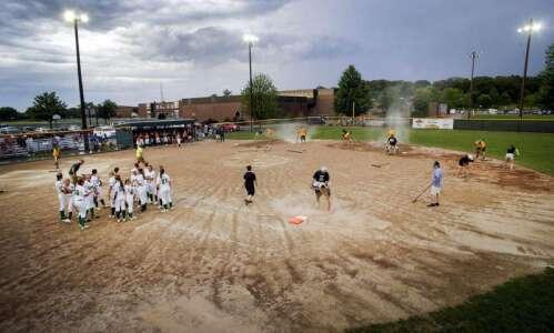 Iowa high school softball regional finals: Tuesday's 4A, 5A scores…