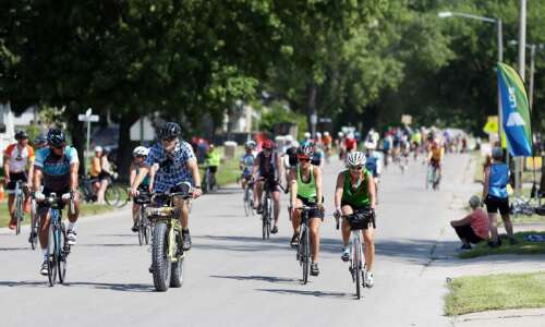 Photos: RAGBRAI 2019 bikers travel from Indianola to Centerville