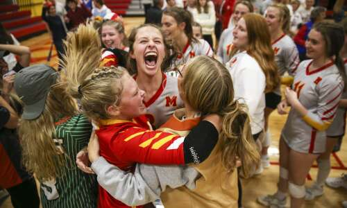 Photos: Benton vs Marion volleyball 4A regional championship
