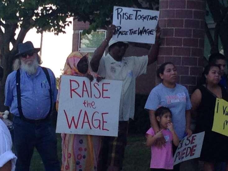 Johnson County supervisors approve $10.10 minimum wage