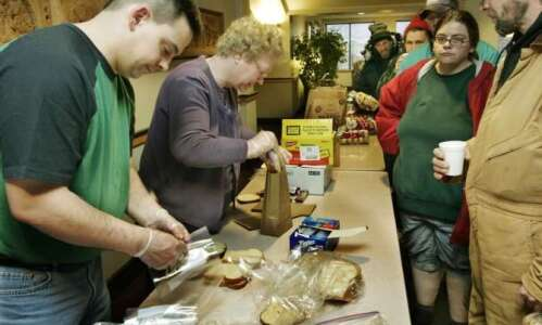 Cedar Rapids church celebrates 25 years of helping the hungry
