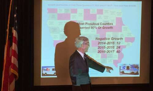 Iowa state budget issues become gubernatorial campaign topic