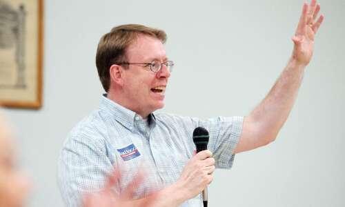 Sen. Rob Hogg of Cedar Rapids won't run for reelection