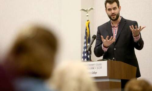 Special session may be unnecessary for redistricting, Iowa Democrat says