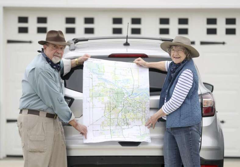 Cedar Falls couple takes road trip without leaving town