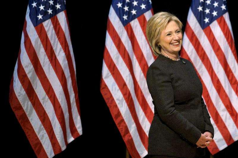 Factchecker: Hillary Clinton's Wall Street/Iowa contributions