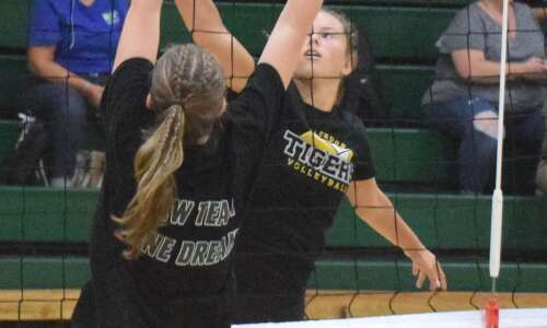 Scrimmages ready volleyball teams for season