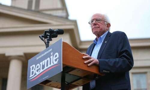On Iowa Politics Podcast: Debate Round 3, Bernie on Campus,…