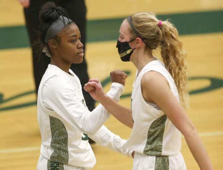 Audrey Koch scores 34 points to lead Iowa City West to girls' state basketball tournament