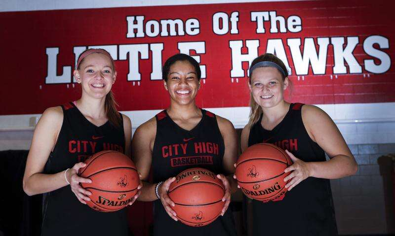 Iowa City High whips West, sets up 1-vs.-2 girls' basketball matchup with Dowling