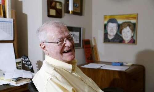 Tom Ecker of Wuzzles fame finishes memoir 'Wherever I Choose'