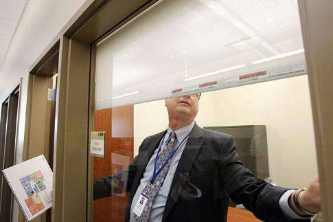 To keep the doors open, Cedar Rapids school system learns to do more with less